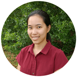 Sylvia Wu headshot Munch Munch Yum vegetarian food blog owner