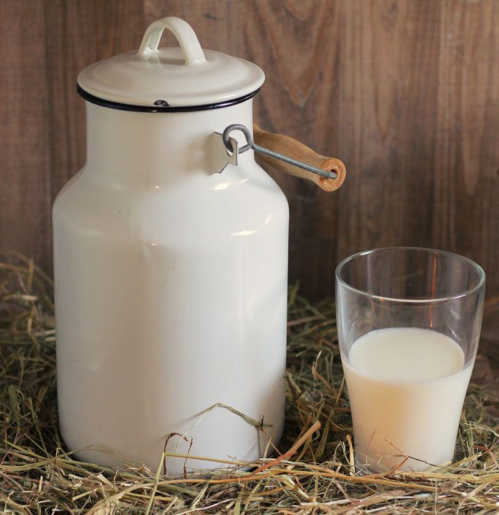 buttermilk substitute from milk in tin can jar